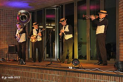 Dixieland & swingmusic op nieuwjaarsdrink