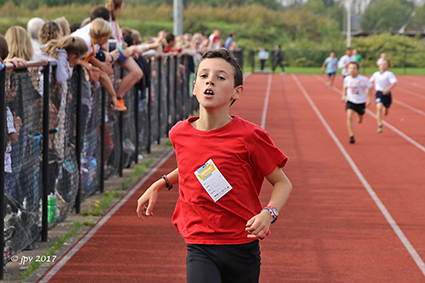400 Jongeren nemen deel aan Scholenveldloop