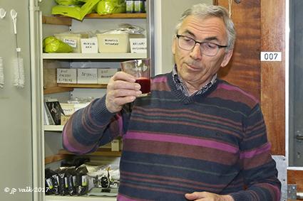 """Wijnmakersgilde """"De Boogaerd"""" leert iedereen wijn maken."""