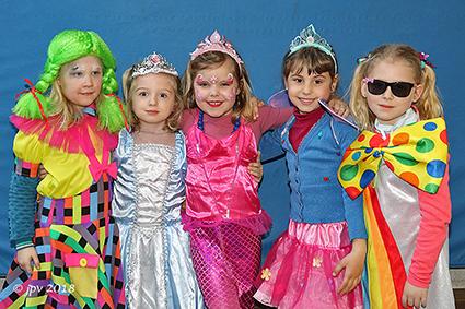 Koude is spelbreker voor kindercarnaval Rozendaal