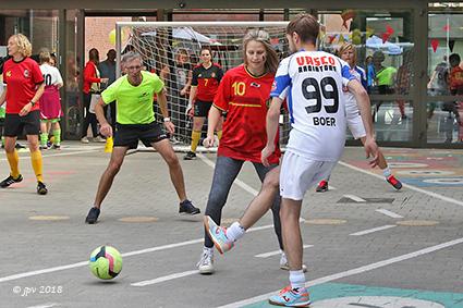 14 Landen spelen WK voetbal bij Sint Gerardus