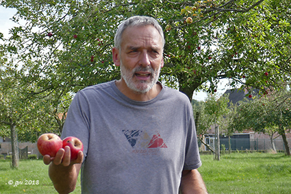 Fruitproeven in de Keizelboomgaard