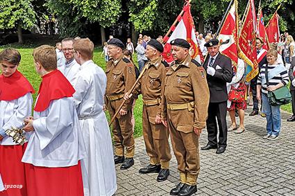 Poolse gemeenschap op bedevaart in Scherpenheuvel