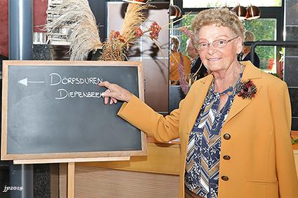 Diepenbeekse Dörpsduren herdenken overleden leden