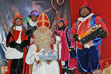 De Sint doet zijn intrede in Diepenbeek
