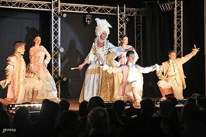 Travestieshow Les Folles de Gand en The Stardancers