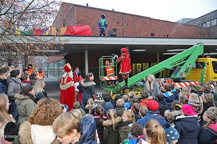 Valschermspringer Piet mist zijn afspraak