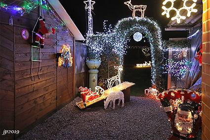 Welkom in het kerstdorp van Freddy en Simonne